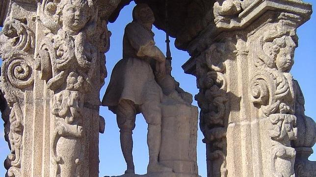 Estatua de San Isidro, en el Puente de Toledo