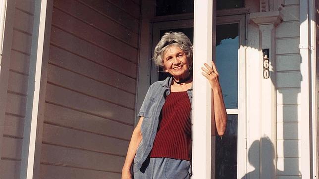 De Alice Munro (en la imagen) se dice que es probablemente la mejor autora de relatos de nuestros días