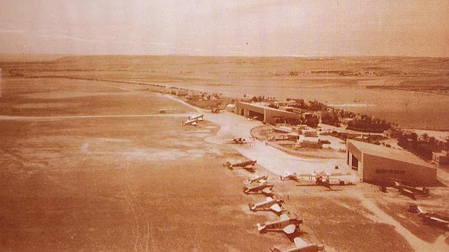 El aeropuerto de Barajas cumple 80 años de vuelos comerciales