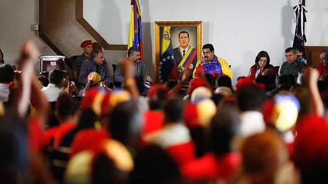 Venezuela importa 50 millones de rollos de papel higiénico para luchar contra el desabastecimiento