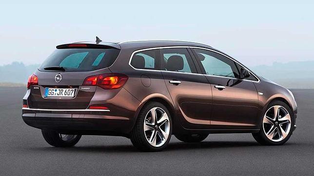 El nuevo motor 1.6 SIDI Turbo se ofrece también en el familiar Astra Sports Tourer.