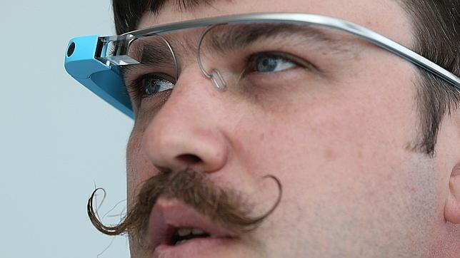 Las aplicaciones de Facebook y Twitter llegan a Google Glass