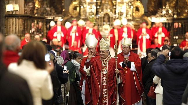 Fray Rodríguez Carballo ya es oficialmente arzobispo de Belcastro