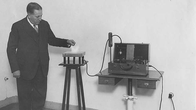 El ingeniero español que desarrolló un teléfono móvil hace un siglo