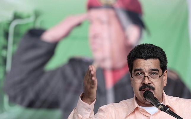 Maduro armará a «millones de obreros» venezolanos «para defender la Revolución»