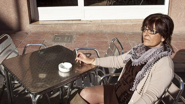 Denunciado el responsable de un local de La Coruña por fumar en él