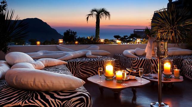 La zona de descanso del restaurante Edén, en el hotel Hacienda Na Xamena