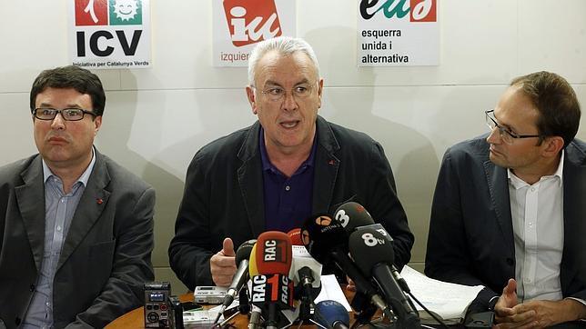 IU defiende un Estado federal que reconozca el derecho a decidir de Cataluña