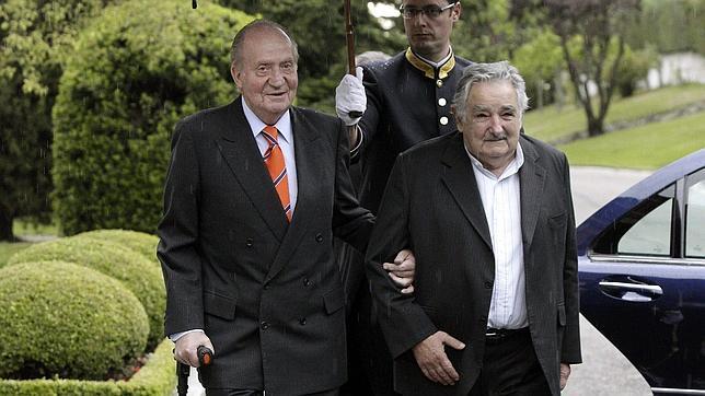 El Rey agradece a Uruguay la acogida a españoles que buscan «oportunidades»