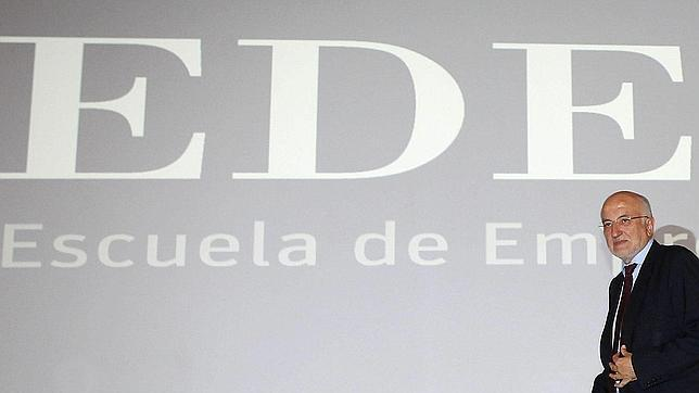 Juan Roig: «Los emprendedores son los únicos que van a sacar a España de la crisis»