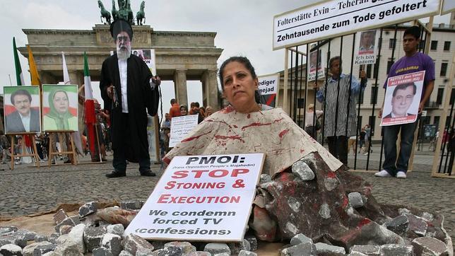 Irán dará libertad a sus jueces para no castigar con la lapidación en caso de adulterio
