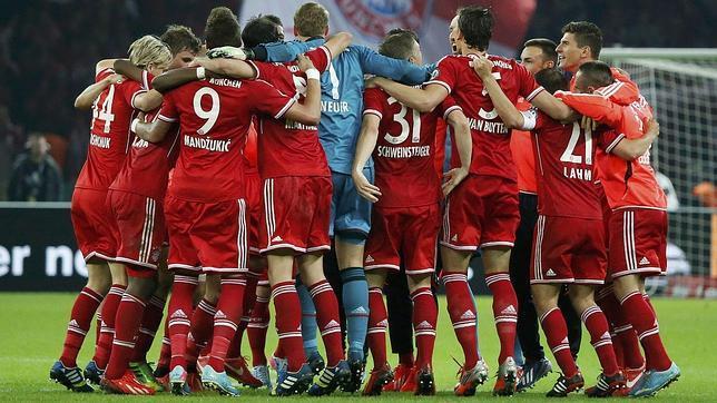 El Bayern Múnich logra el triplete