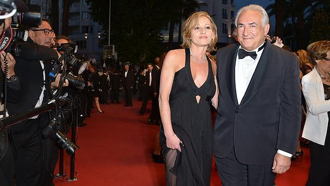 Strauss-Kahn presenta a su nueva novia en en la alfombra roja del Festival de Cannes