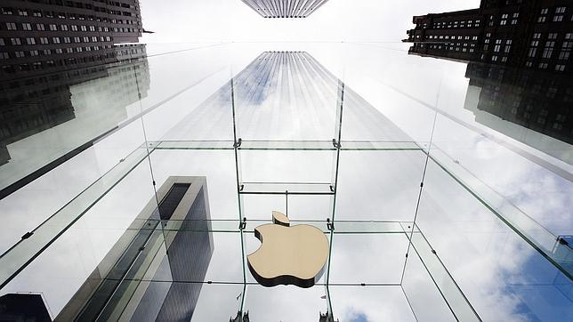Apple firma con Warner Music para su servicio de música en «streaming» iRadio