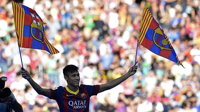 Neymar desata la locura en el Camp Nou