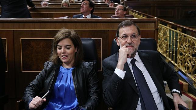 Rajoy pone a Sáenz de Santamaría al frente de la coordinación de la política económica