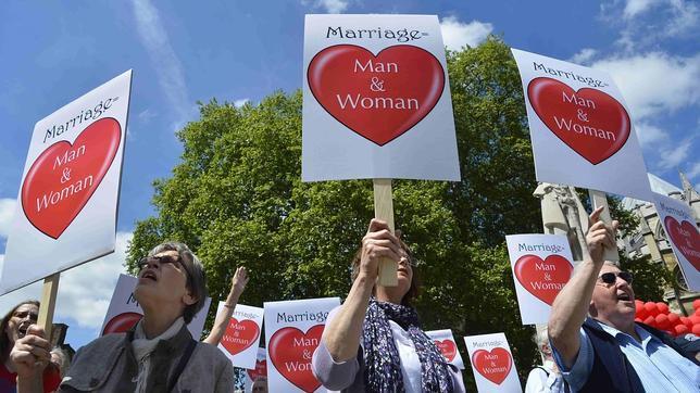 La ley del matrimonio gay supera el escollo de la Cámara de los Lores