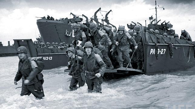 Nueva hornada de soldados llega a las playas de Normandía