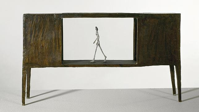 «Pequeña figura dentro de una caja entre dos cajas que son casas», 1950, de Giacometti