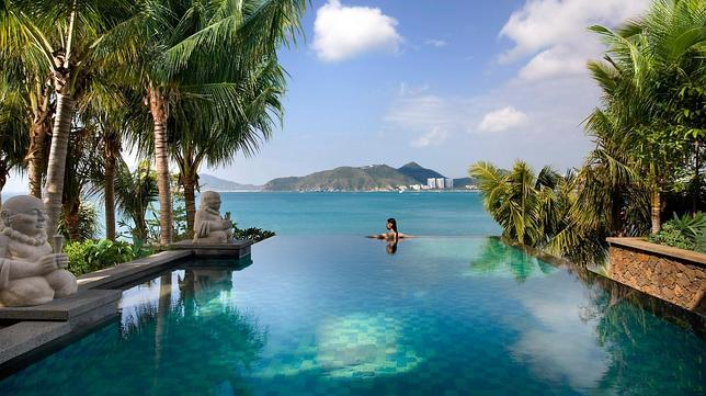 Las piscinas de hotel m s espectaculares del mundo for Piscinas espectaculares