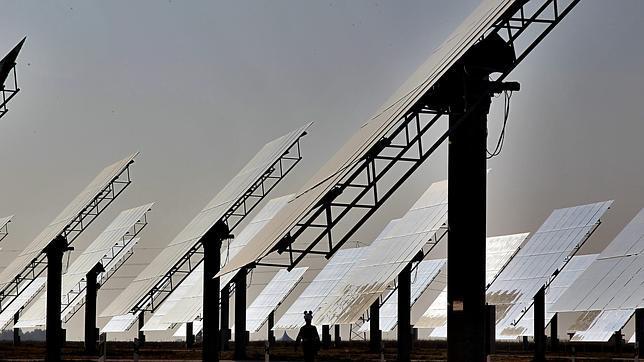 El sector de las renovables denuncia al Gobierno español ante el Parlamento europeo