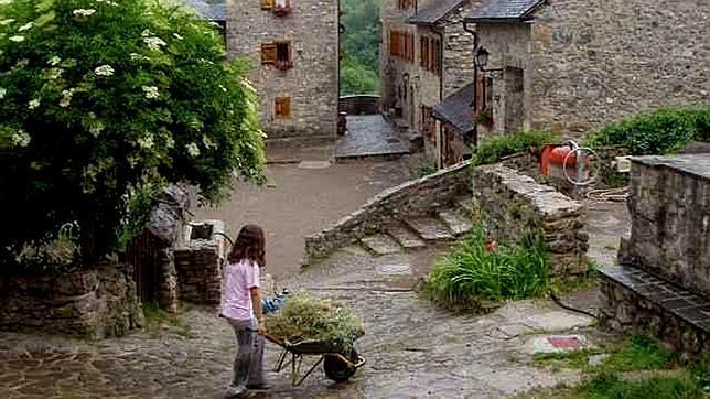 Búbal: un pueblo abandonado que resucita gracias a los estudiantes