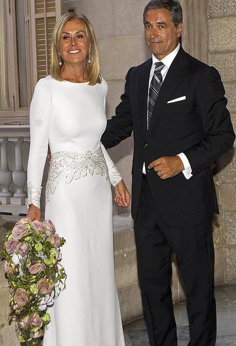 la diseñadora rosa clará se viste de novia