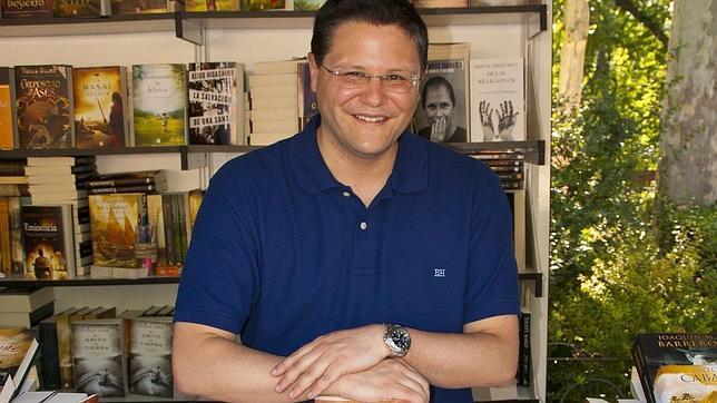 Bruno Nievas: «Busco un lector con ganas de disfrutar, pero dispuesto a reflexionar»