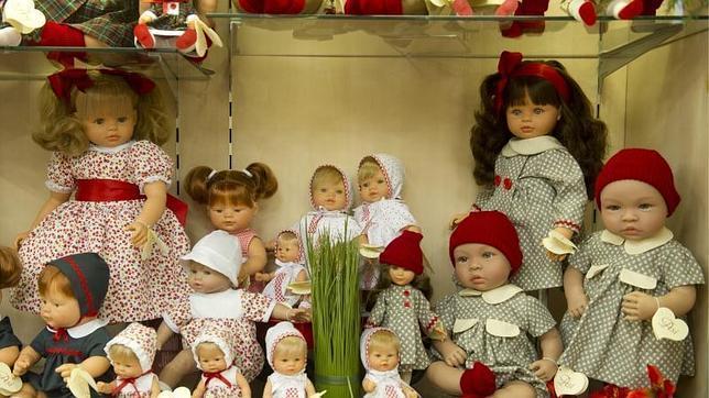 Resultado de imagen de Imágenes de tiendas de muñecas