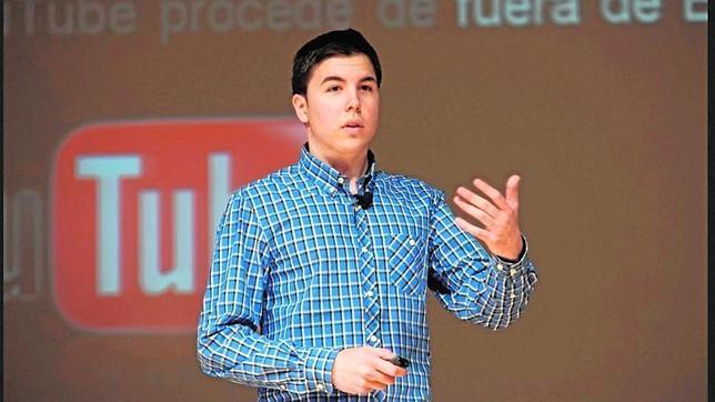 Willyrex: «Me despertaba cada día una hora antes, preparaba mi vídeo y me iba a clase»