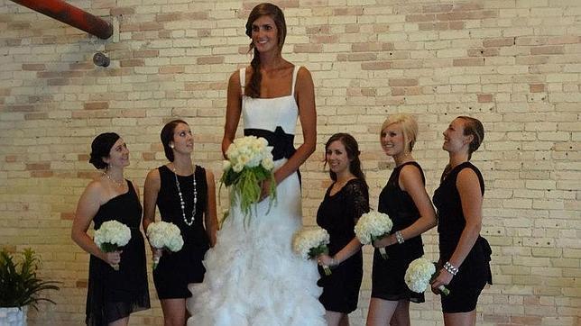 El secreto de la mujer más alta del mundo