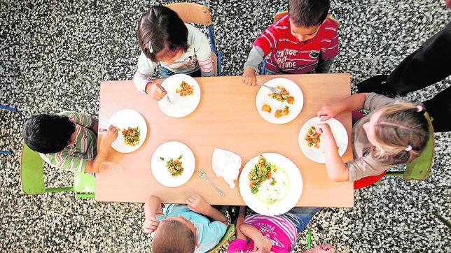 generalitat amplía las becas de comedor a los centros concertados