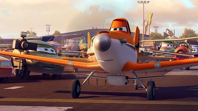 La Patrulla Águila se cuela en la película de Disney «Aviones»