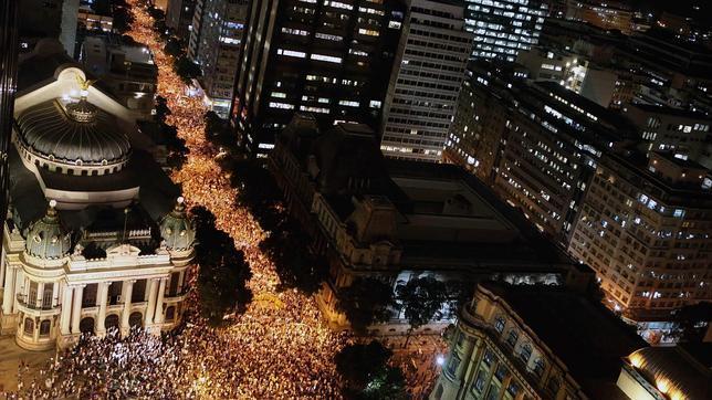 Brasil estalla y pone a las autoridades del país a prueba