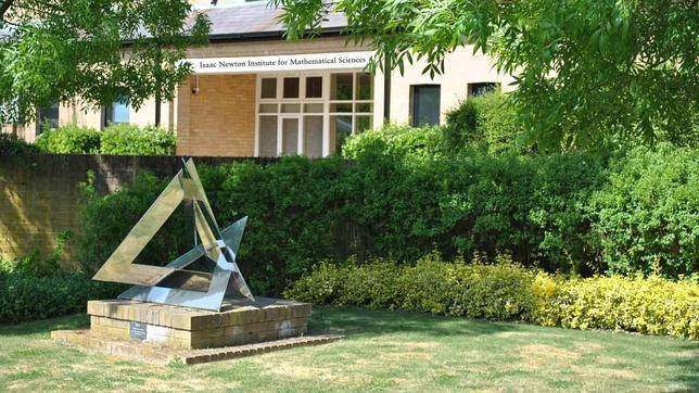 Jardín del Instituto de Ciencias Matemáticas «Isaac Newton» en Cambridge