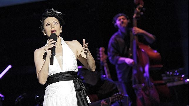 Luz Casal, Premio a la Excelencia Musical de la Academia Latina de la Grabación