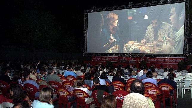 Cines De Verano Para Pasar La Noche Al Fresco