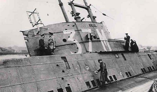HMS Seal, el submarino británico que capturaron dos hidroaviones nazis