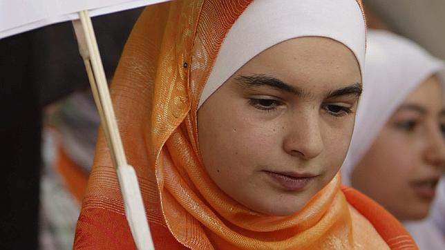 HRW denuncia los abusos del régimen sirio contra las mujeres en el marco de la represión contra la oposición