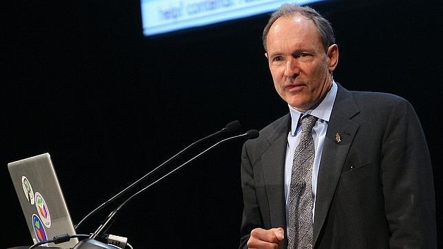 Berners-Lee, padre de la web: «La libertad en internet debe ser protegida»