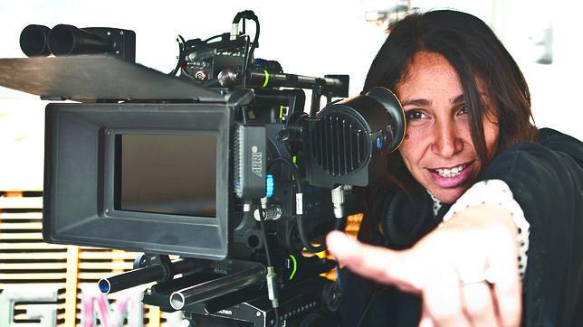 Haifaa Al Mansour: «Rodé mi película desde la caravana, no podía salir a la calle»