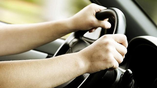 conducir, autoescuela valencia, autoescuela lowvost, practicas baratas