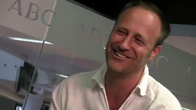 Olivier Van Der Zee: «'Encierro' muestra qué hay detrás de los Sanfermines»