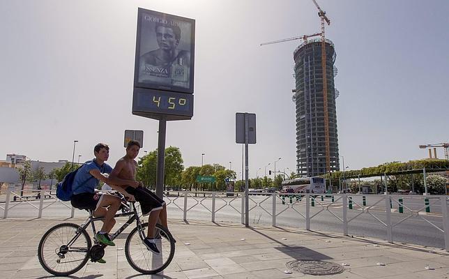 La Unesco archiva el expediente a Sevilla por el impacto de la Torre Pelli
