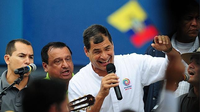 Rafael Correa: «El caso Snowden es el mayor caso de espionaje de la historia de la humanidad»