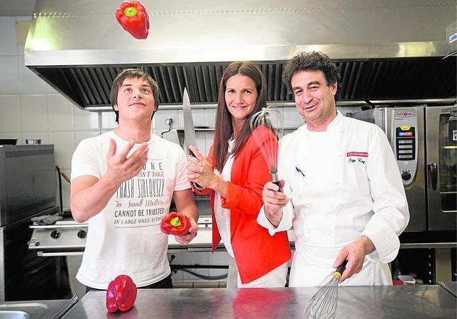 Jordi cruz samantha vallejo n gera y pepe rodr guez en la for Cocinas en illescas