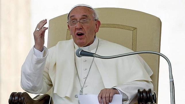La primera encíclica del Papa Francisco, «Lumen fidei», se presentará el 5 de julio