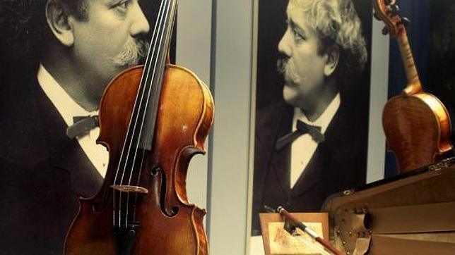 La gira de un violín único
