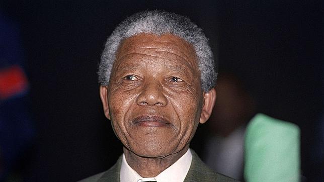 La Presidencia de Sudáfrica desmiente que Mandela esté en «estado vegetativo permanente»