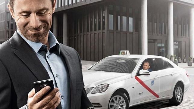 Las «apps» de Taxi aparcan a los tradicionales radioteléfonos